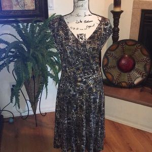 Nic + Zoe below the knee dress size large